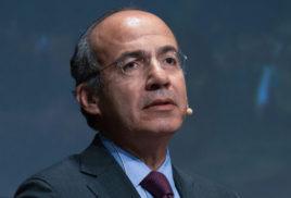 Choice between development and nature a false dilemma, says Felipe Calderon